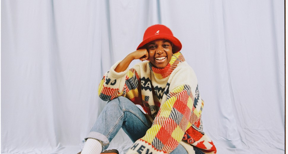 SHERELLE announces debut EP, '160 Down The A406', shares title track